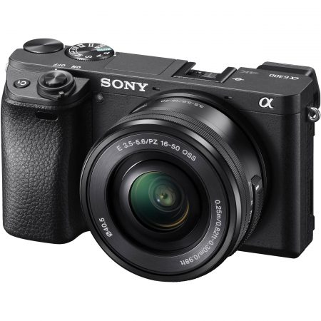 Sony Alpha a6300+16-50mm front side