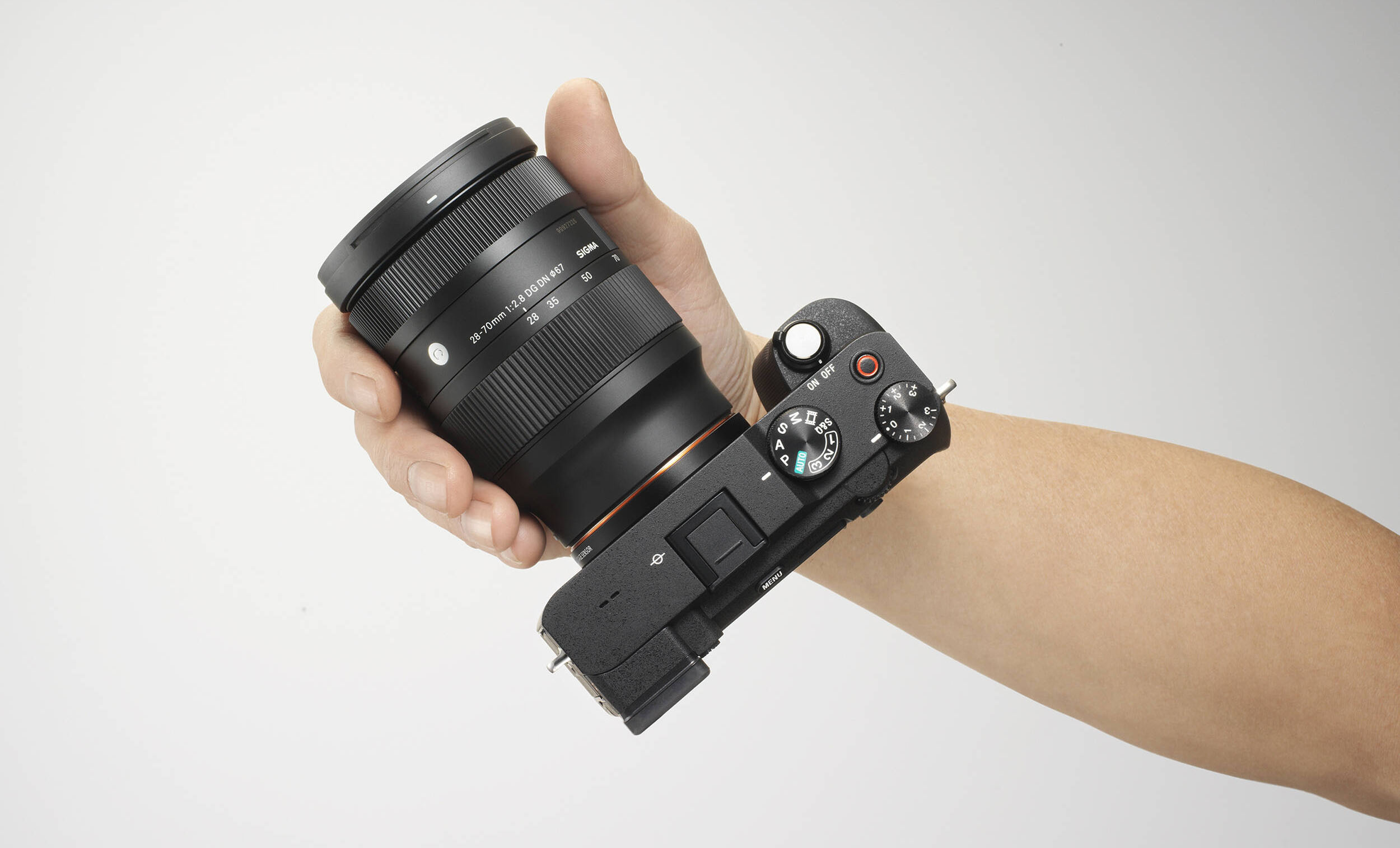 Sigma's 28-70mm f/2.8 Lens Review - Cameraland Sandton